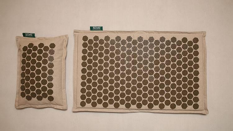 Natural-linen-Acupressure-MatYoga-Yantra-Foot-Shakti-Plastic-Spikes-Massage-Acupressure-mat-51